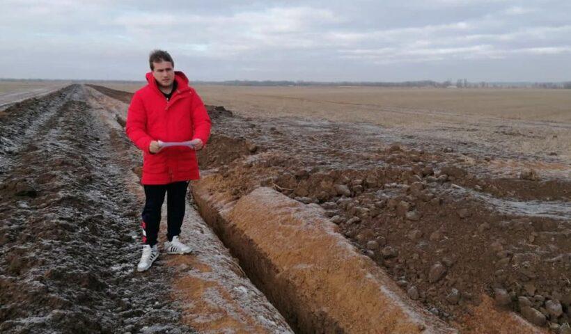 Организацию полевых работ осуществлял зав. сектором МПП Александр Олейников